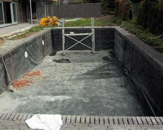 Zomer dromen van een duik in je eigen zwemvijver for Zwemvijver zelf bouwen